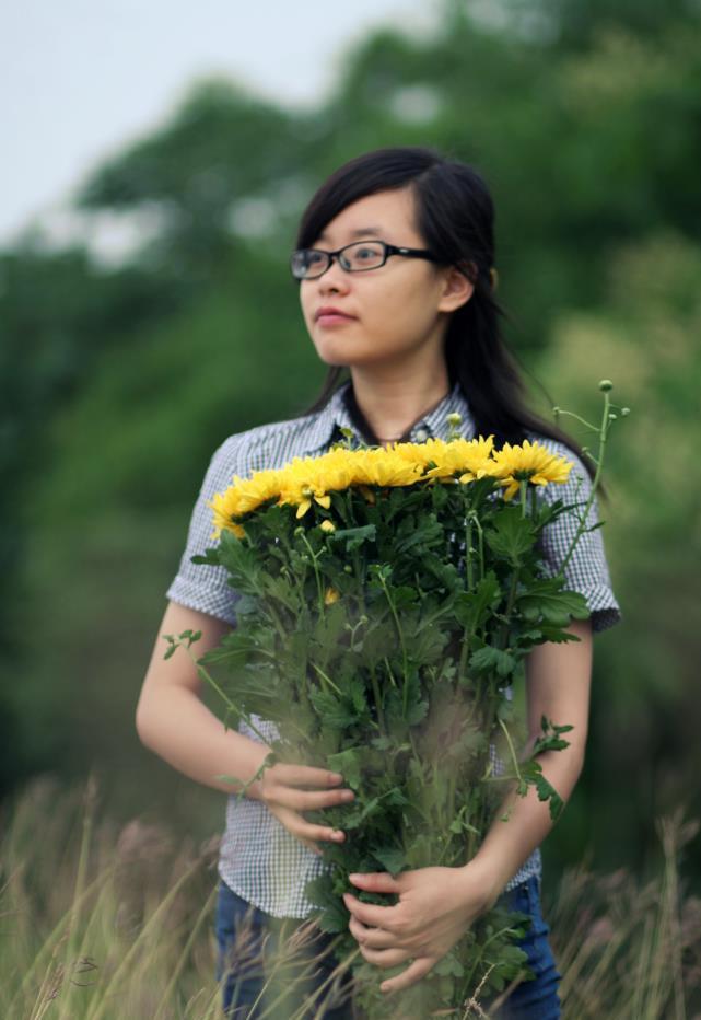 Lê Hồng Thắm (Quán quân HSK6 11/2014): Tiếng Trung mở ra cánh cửa cơ hội mới