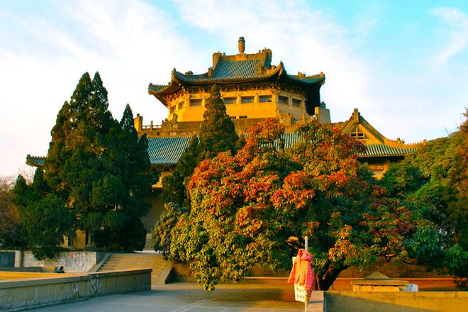 """Những trường đại học """"vừa đẹp vừa nổi tiếng"""" ở Trung Quốc (P1)"""