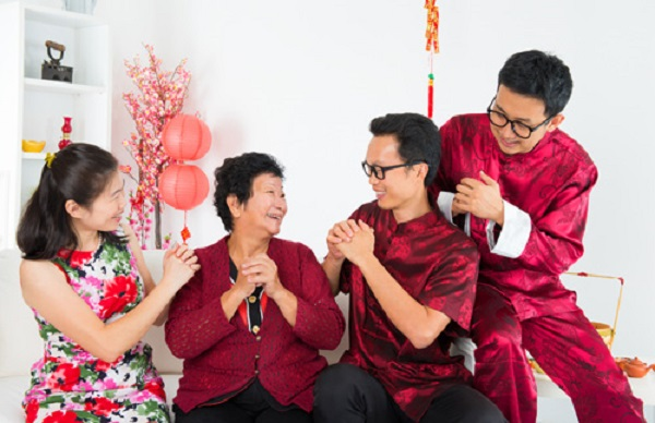 Văn hóa chào hỏi của người Trung Quốc có gì đặc biệt